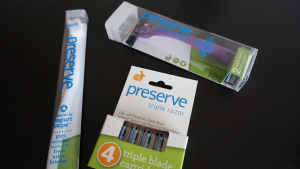 What I received in my travel set, the travel toothbrush, nickel free titanium razor with it's own replacement blade and 4 separate titanium replacement razor blades.